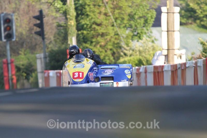 IMG_5534 - Thursday Practice - TT 2013 Side Car