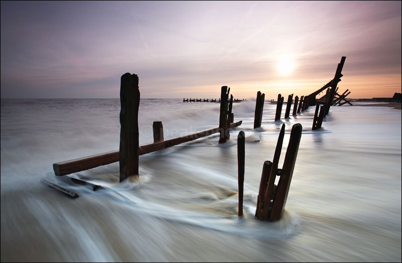 Happisburgh Sea Defences - Photographs of England