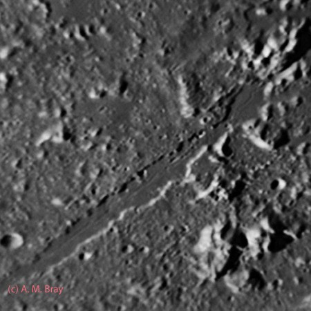 Vallis Alpes (Alpine Valley) - Moon: North Region