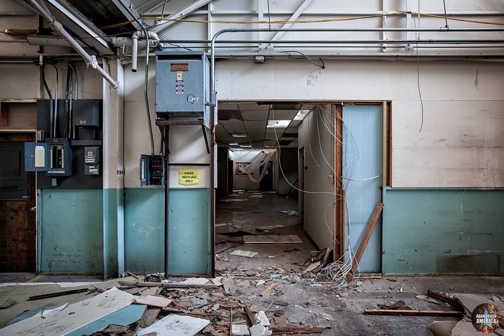 Syracuse China (Syracuse, NY) | Paper Recycling Only - Syracuse China