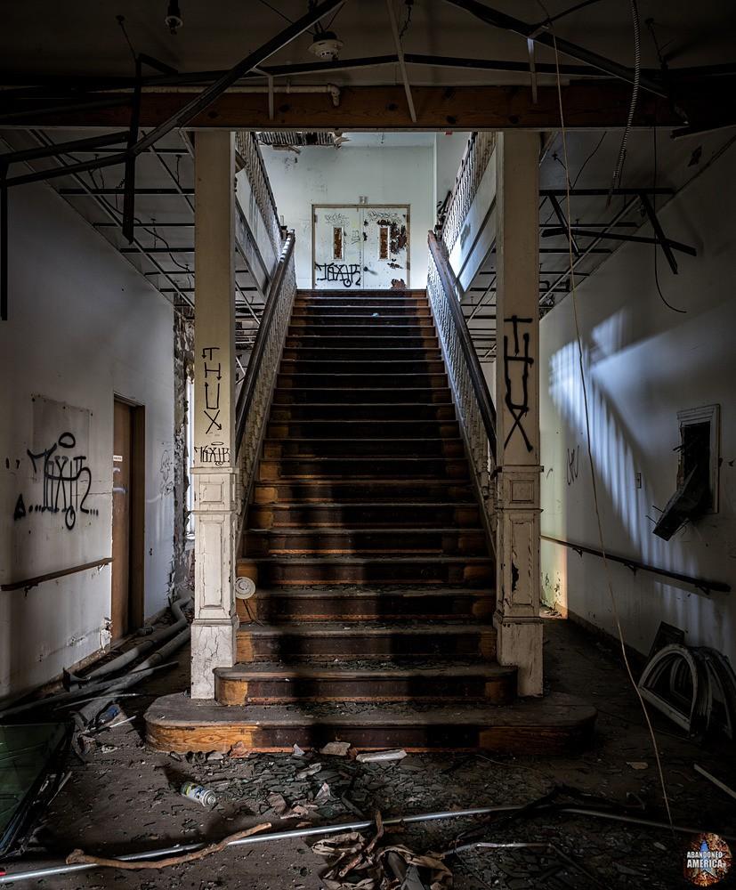 - The Ladies' G.A.R. Nursing Home