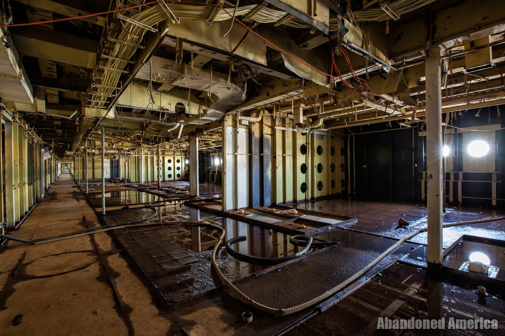 Gutted | SS United States (Philadelphia, PA) - SS United States