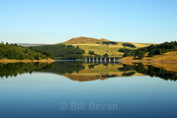 Ladybower Reservoir - Travel