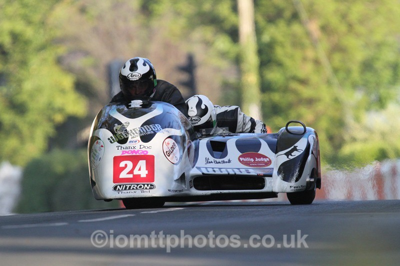 IMG_5515 - Thursday Practice - TT 2013 Side Car