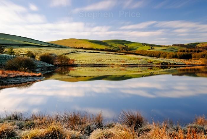 Lamaload Reservoir | Frosty Winter Morning Reflections | Goyt
