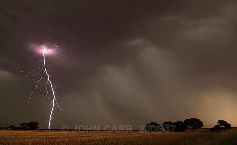 Left Hander-2416 - LIGHTNING STORMS IN SOUTH AUSTRALIA 5th NOV 2012