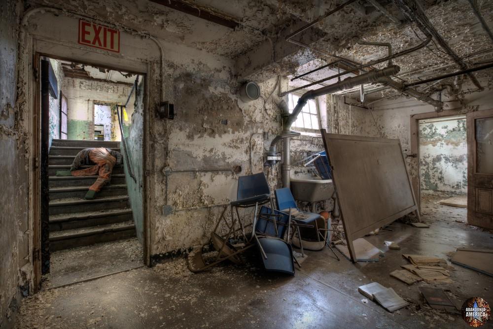Basement room, Holmesburg Prison, Philadelphia PA   Abandoned America by Matthew Christopher