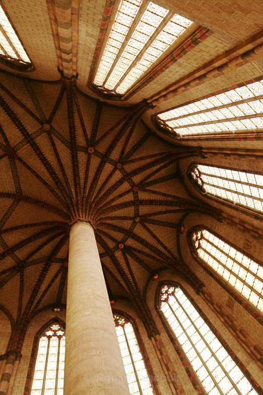 Ceiling, Couvent des Jacobins - Ruins and Not So Ruined