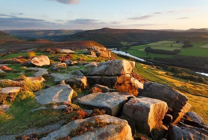 Whinstone Lee Tor | Derbyshire Dawn over Ladybower