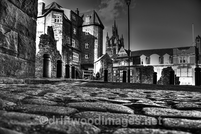 Newcastle Castle cobbles bw HDR reduced - High Dynamic Range pictures