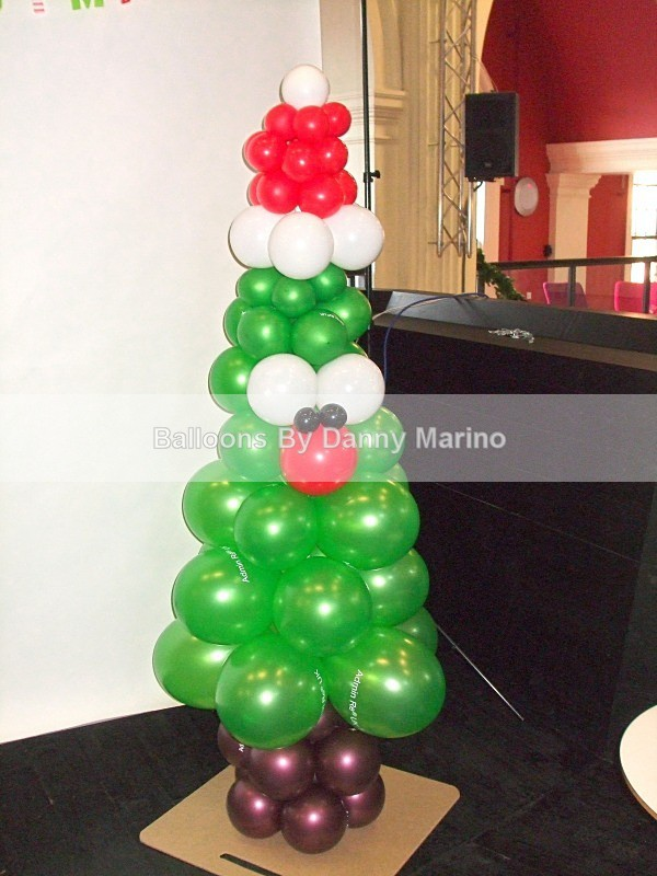 Cheeky Chappy Xmas tree - Balloon Sculptures