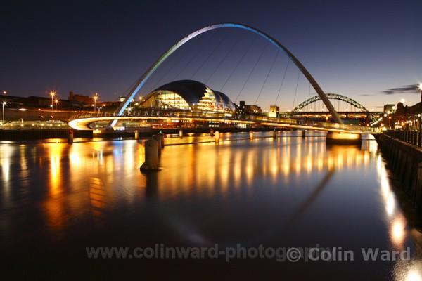 Millenium Bridge and Gateshead Sage. Ref 1125 - Tyne and Wear