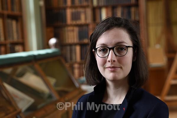 DR ANNE MCLAUGHLIN The Parker Sub-Librarian Corpus Christi