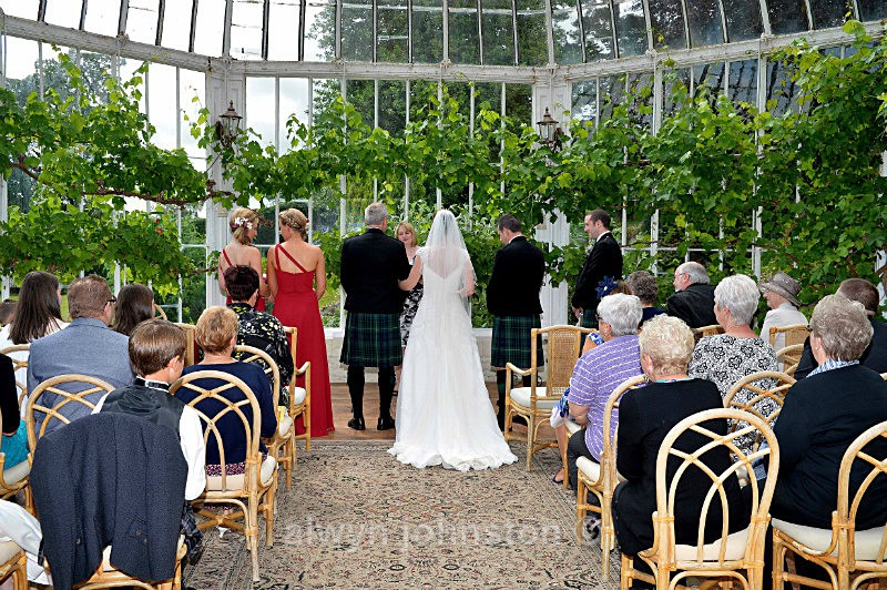 - Weddings Phots Alwyn Johnston