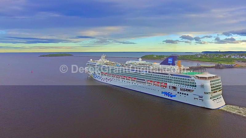 Norwegian Gem  Cruise Ships Saint John New Brunswick Canada - Cruise Ships