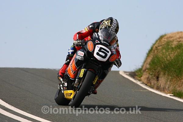 - Superbike Race - TT 2010