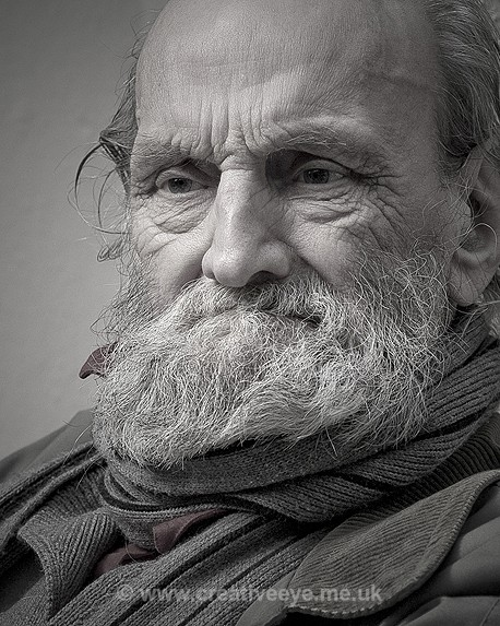 Crusting pipe regular - People and Portraits
