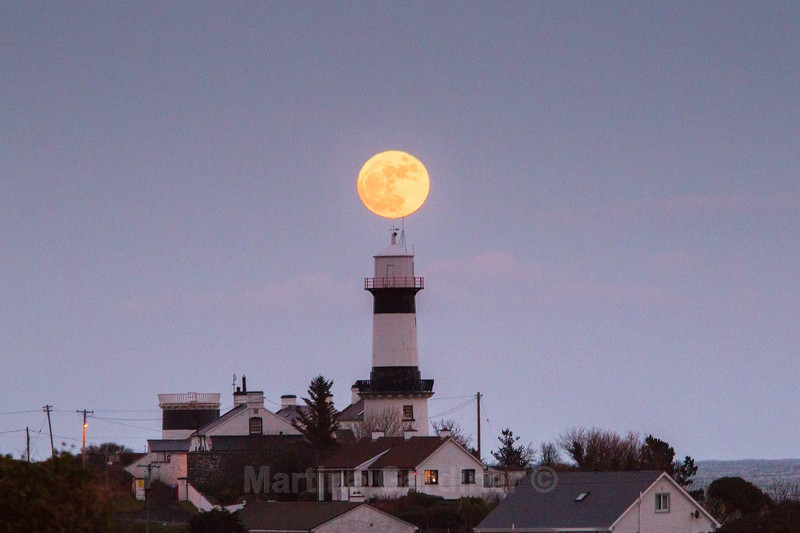 Moonrise at Shroove Lighthouse - Ireland by Day