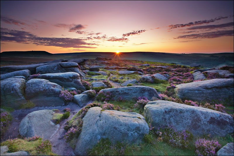 Sunrise over Burbage Edge - Peak District | Dark Peak