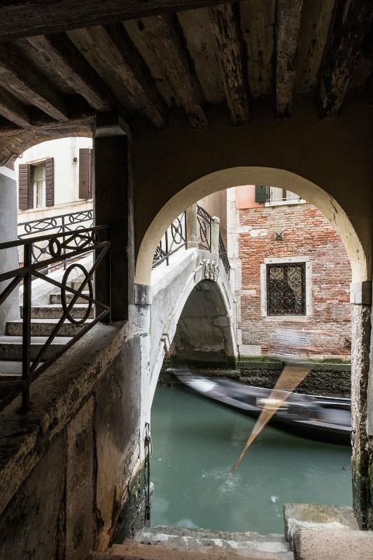 Arch and Oar - Venice