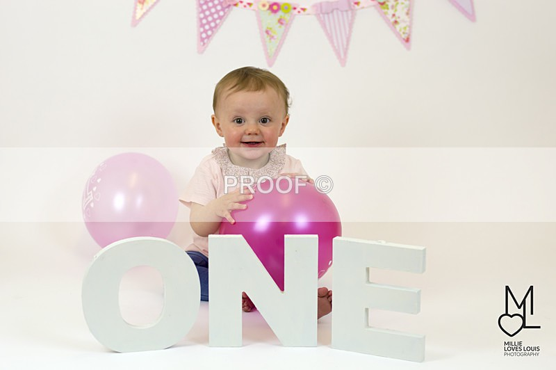 Ellas 1st Birthday Photoshoot 18th June 2016 Millie Loves Louis Photog - Family Photoshoots