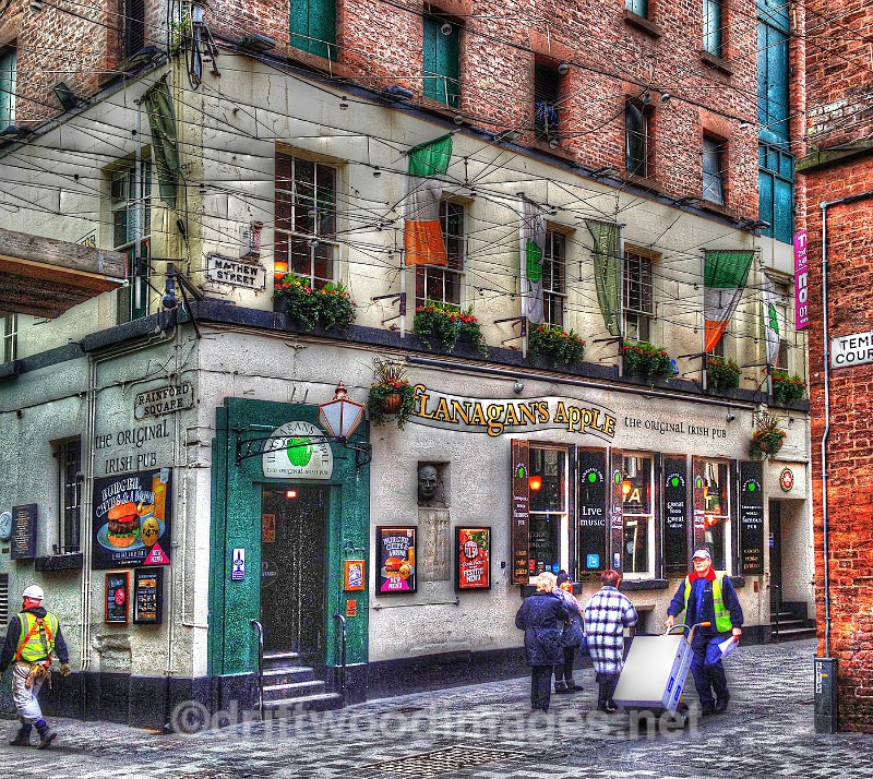 Liverpool Flanagans Apple pub HDR reduced - High Dynamic Range pictures
