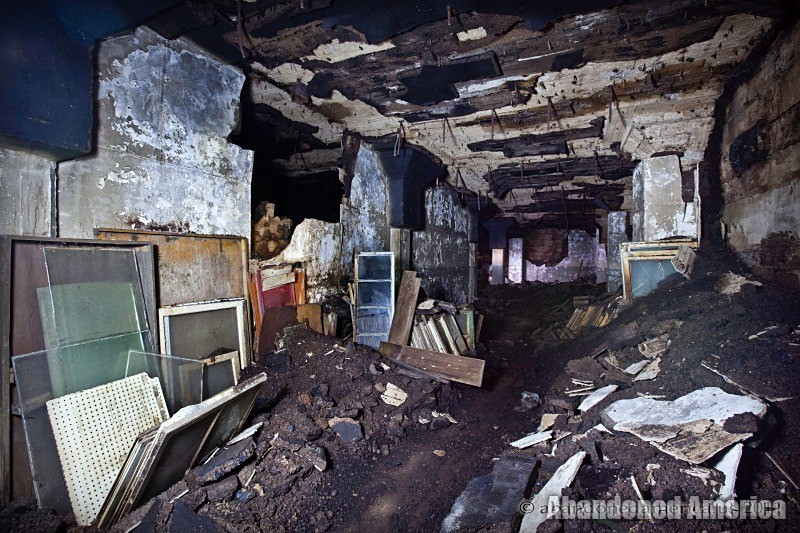 Abandoned Abbattoir basement - Matthew Christopher's Abandoned America