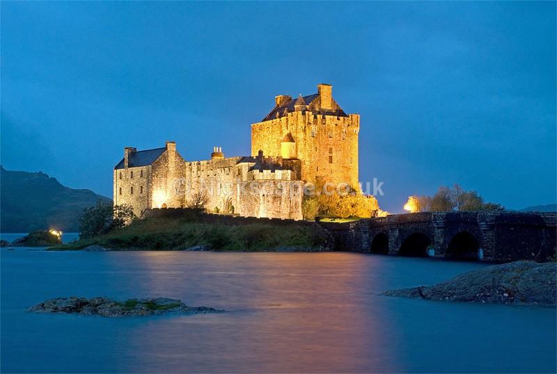 Eilean Donan Castle - Loch Duich - Scottish Highlands - Scotland