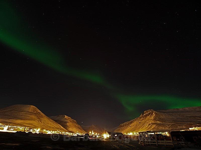 Northernlight over Longyearbyen 5122 - Polar night