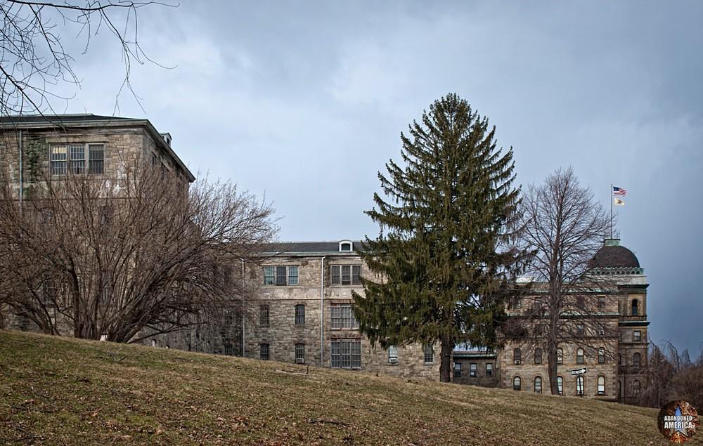 - Greystone Park Psychiatric Center