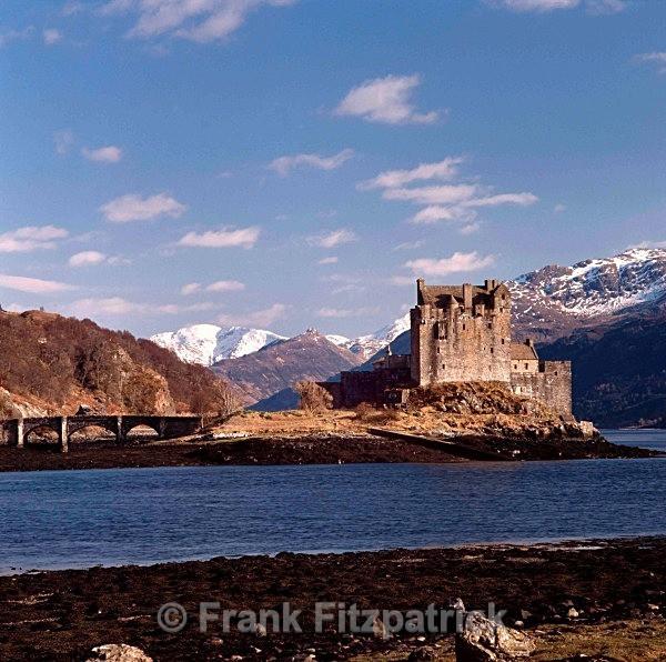 Eilean Donan castle, Wester Ross, Highland. - Scotlands Castles