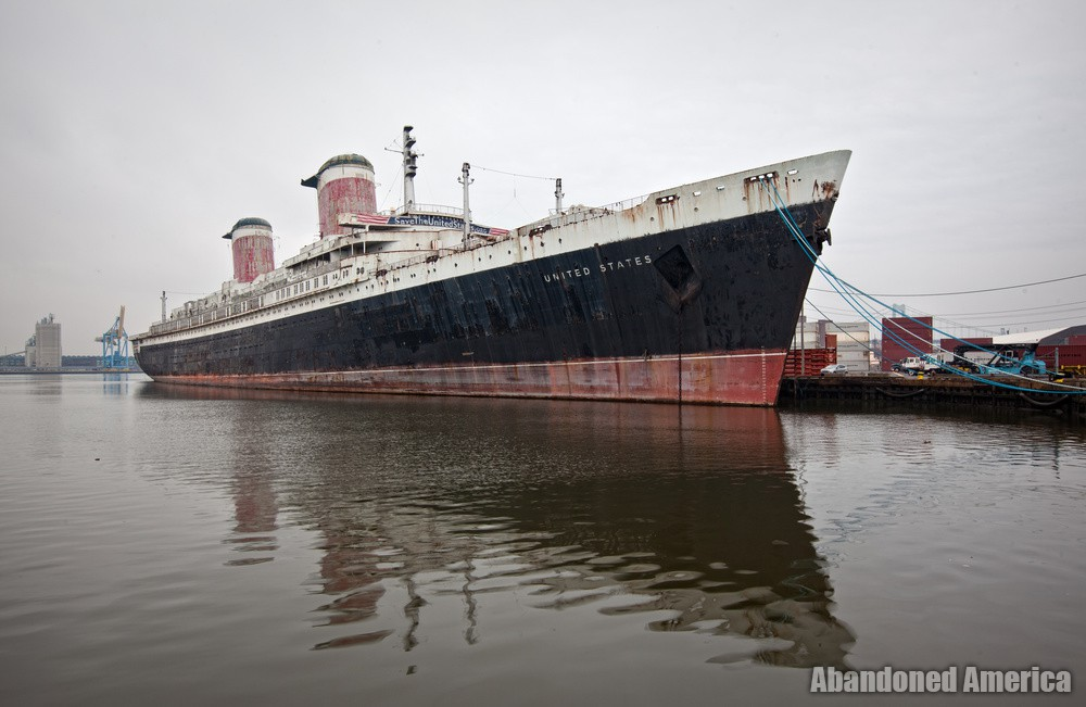 Waterfront View | SS United States (Philadelphia, PA) - SS United States