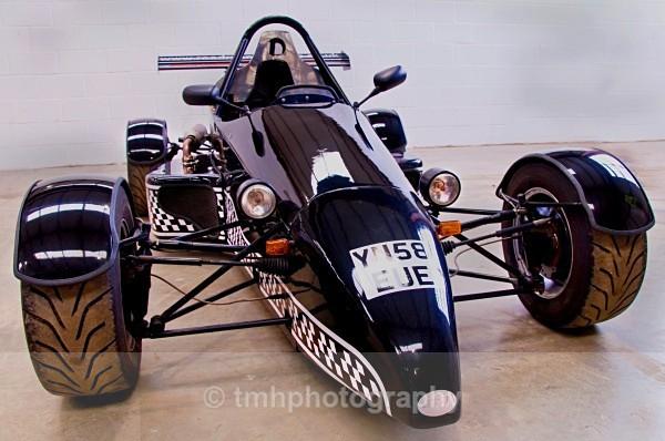 Motor Racing. - Engines