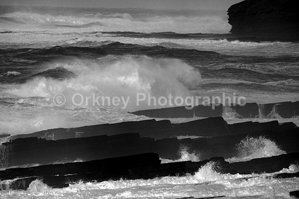bay of skaill waves 2 bw - Orkney Images