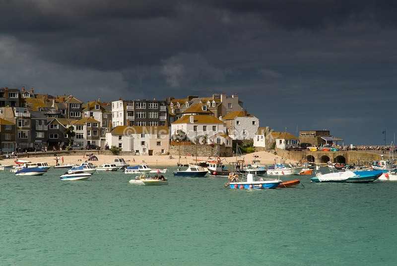 Storm in the harbour at St Ives Bay on the Cornwall Coast | Cornwall Gallery