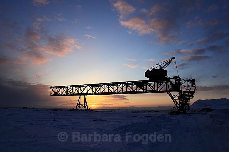 Titan crane in Longyearbyen 6636 - The daylight returns