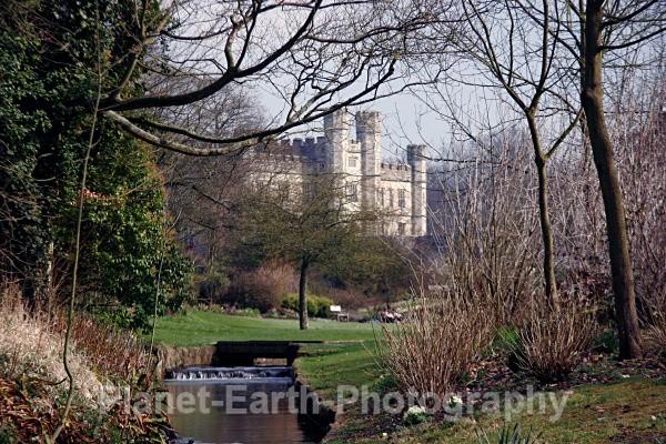 Leeds Castle 1 - Buildings / Structures