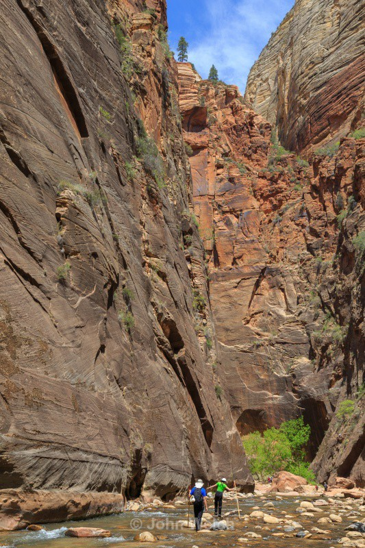 Starting the Narrows - Utah