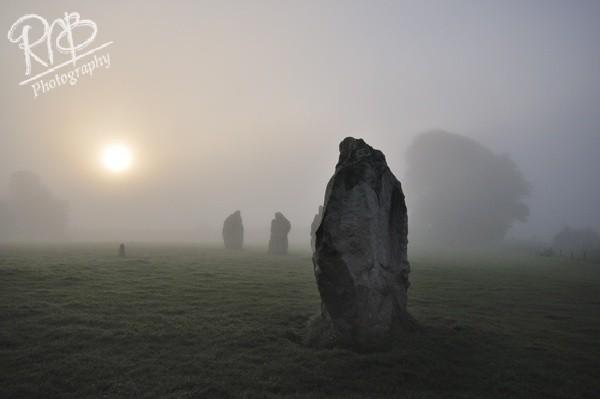 Avebury Misty Dawn 5 - Avebury