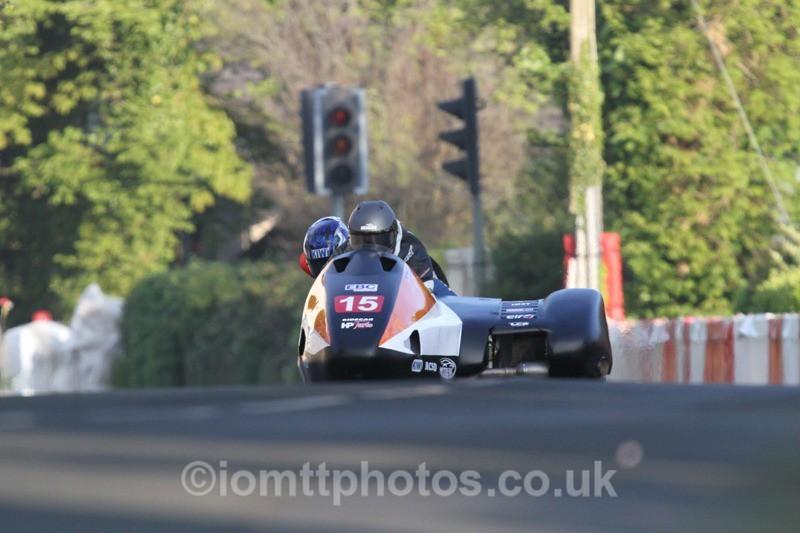 IMG_5474 - Thursday Practice - TT 2013 Side Car