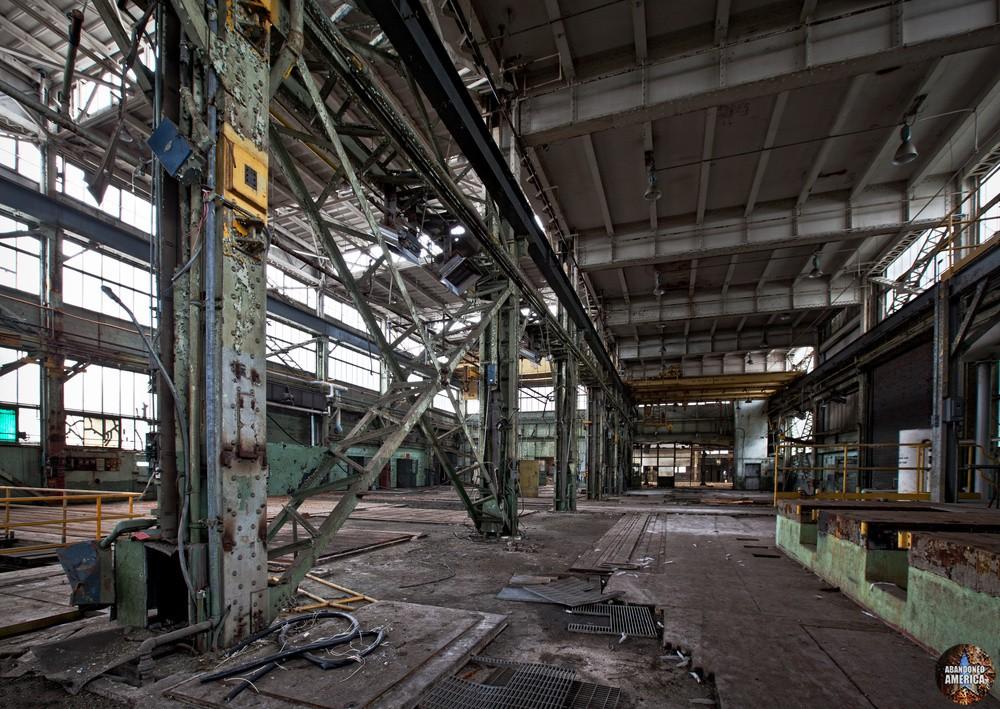 The Navy Yard, Philadelphia, PA - Photographs by Matthew Christopher Murray of Abandoned America