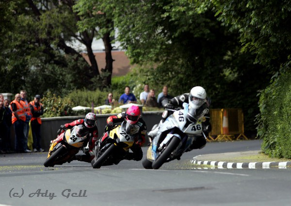 Formation Cornering - Racing
