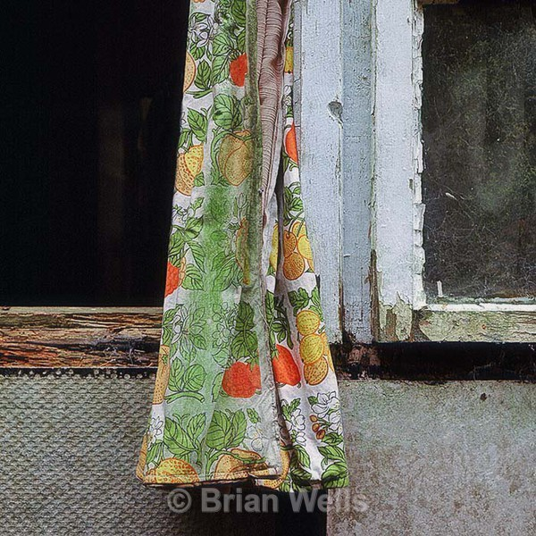 Curtain at Prefab Bungalow - 'Regina'