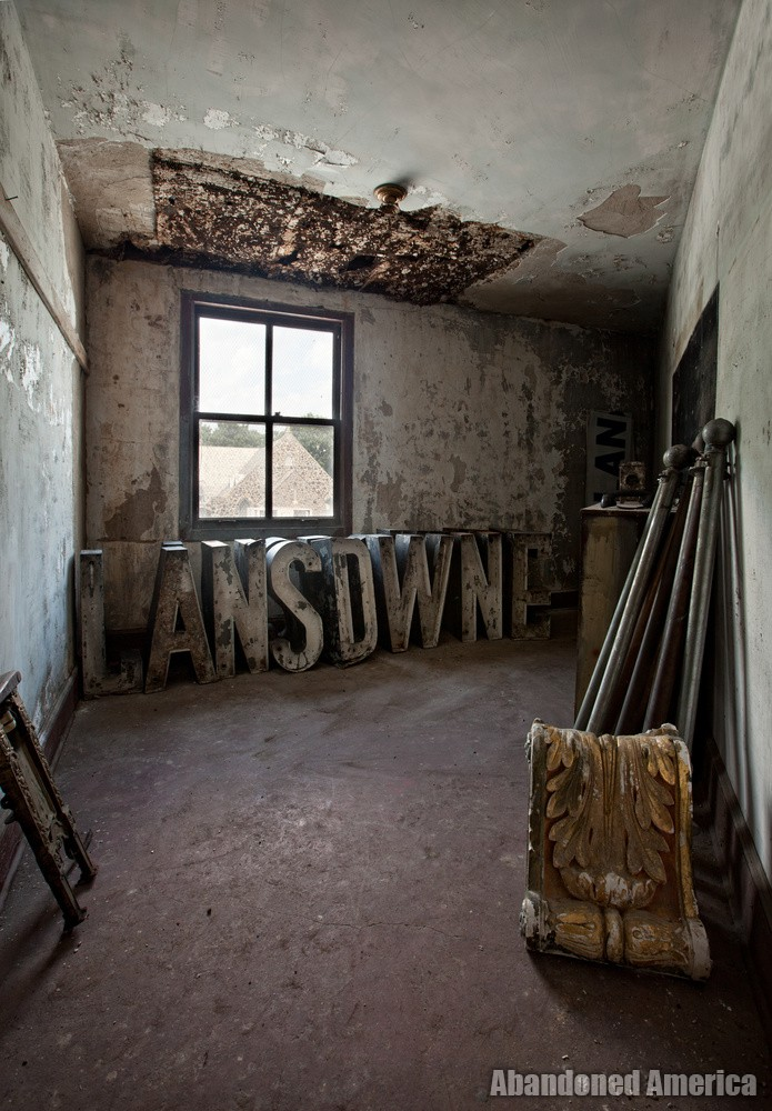 The Lansdowne Theatre | Sign Letters - The Lansdowne Theater