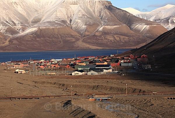 Longyearbyen 6372 - Autumn