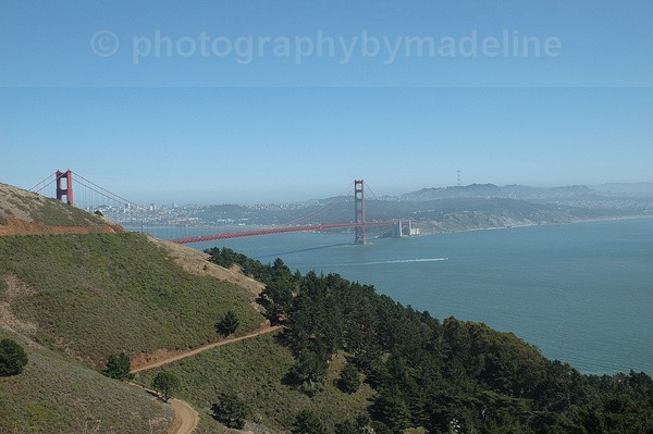 Hiking trail by Golden Gate Bridge - San Francisco