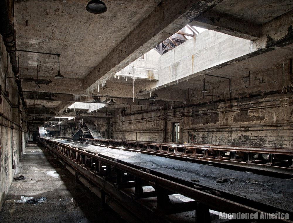 in things continually vanishing - Portside Power Plant*
