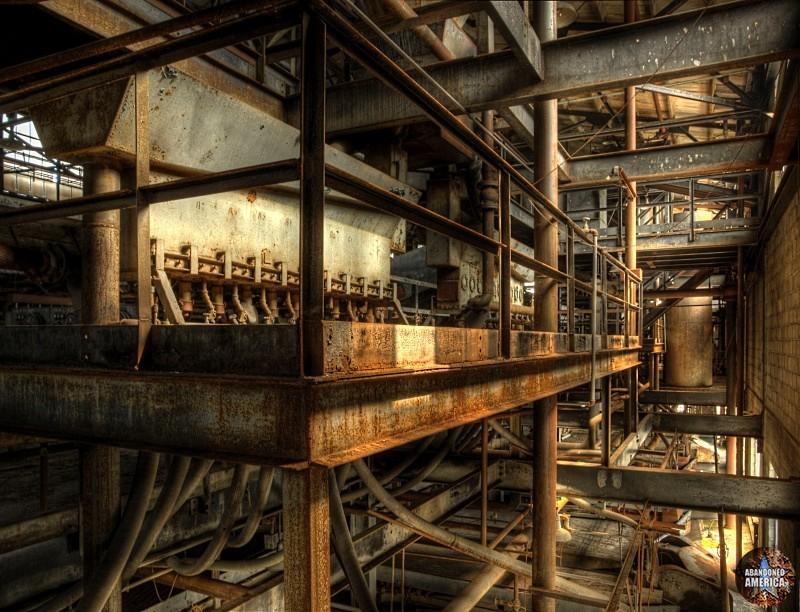 - Commonwealth Steel*