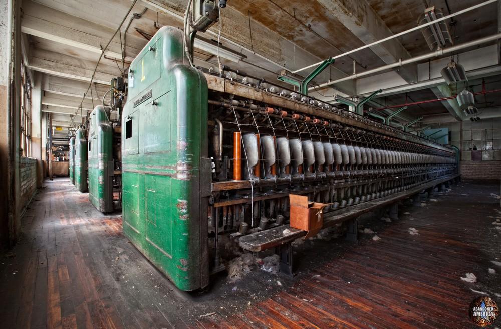 Wilde Yarn Mill, Manyunk PA - Photographs by Matthew Christopher Murray of Abandoned America