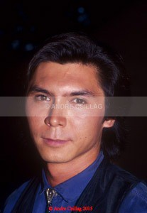 Lou diamond Phillips - P..